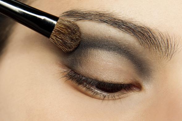 Maquiagem-com-duo-de-sombras-2