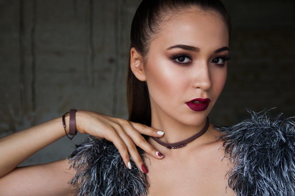 Automaquiagem: como ensinar sua cliente a fazer uma maquiagem igual a de salão